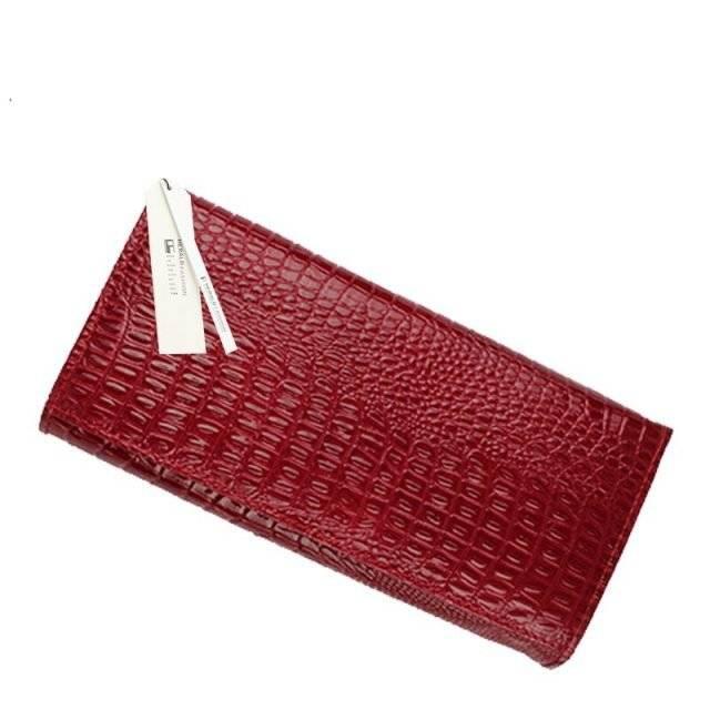 Women's Crocodile Skin Patterned Wallet