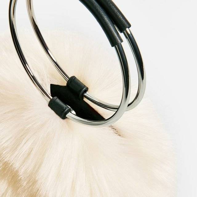 Round Fur Clutch Bag