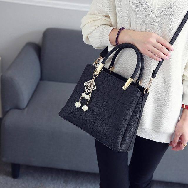 Plaid Design Ladies Tote Shoulder Bag