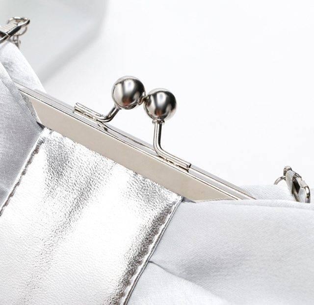 Bow Design Convertible Clutch