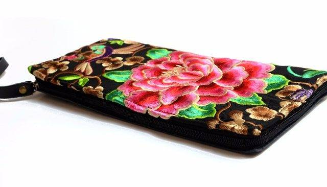 Women's Boho Embroidered Clutch